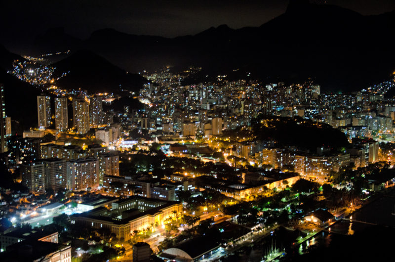 81 rio by night
